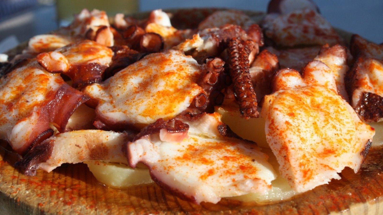 El famoso y delicioso Pulpo a feira o a la gallega.