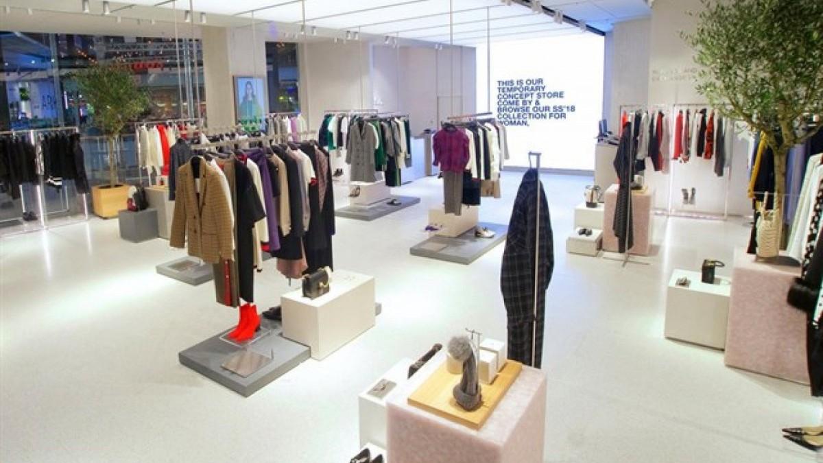 Imagen del interior de la tienda temporal de Zara en Londres