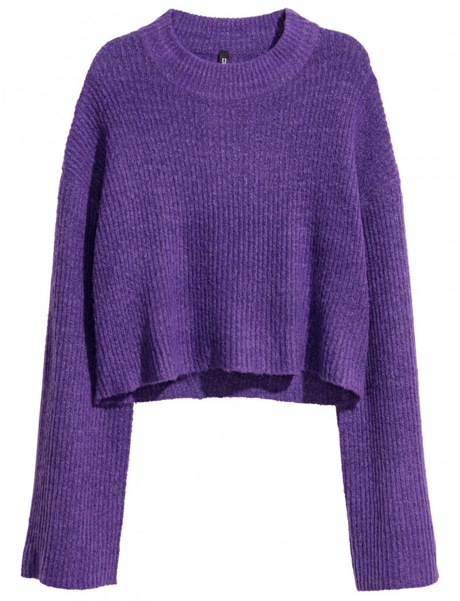 Jersey con cuello perkins de color morado de H&M, por 19,99 euros