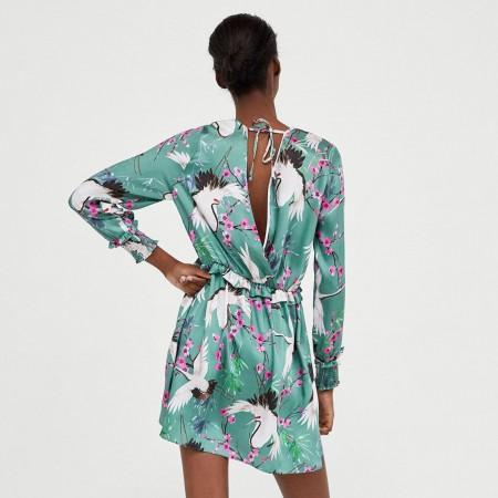Vestido estampado garzas de Zara, por 29,95 euros